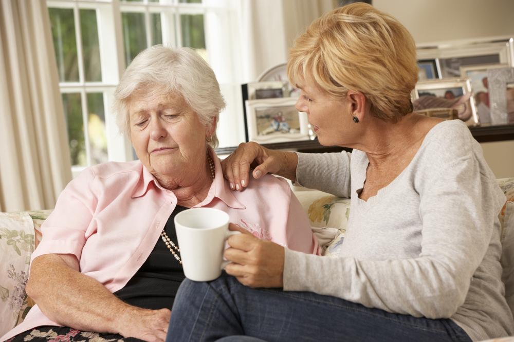 Внимательное наблюдение при альцгеймере фото