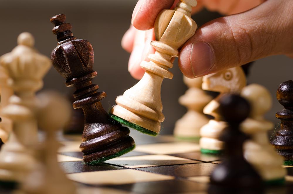 Игра в шахматы при альцгеймере