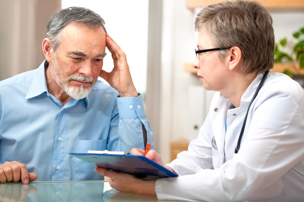 Опрос пациента с альцгеймером