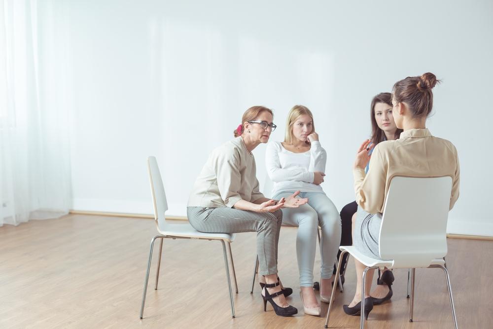 Сеанс групповой терапии фото Равновесие